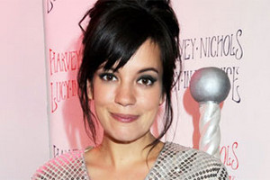 Pregnant Lily Allen nicknamed